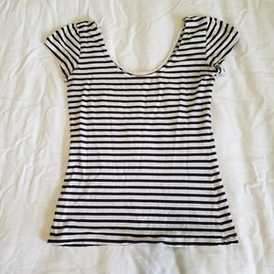 Black and White Stripe Scoop Neck Form Fitting Tee